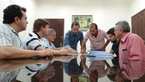 Assinatura do convênio para a construção da rede coletora de esgoto do Córrego Lava-Pés