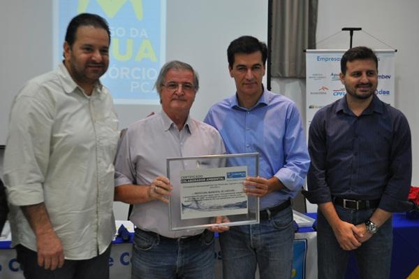 Prefeitura de Capivari recebe Comenda de Reconhecimento do Consórcio PCJ