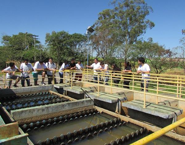 19-04-16_Alunos visitam Estação de Tratamento de Água